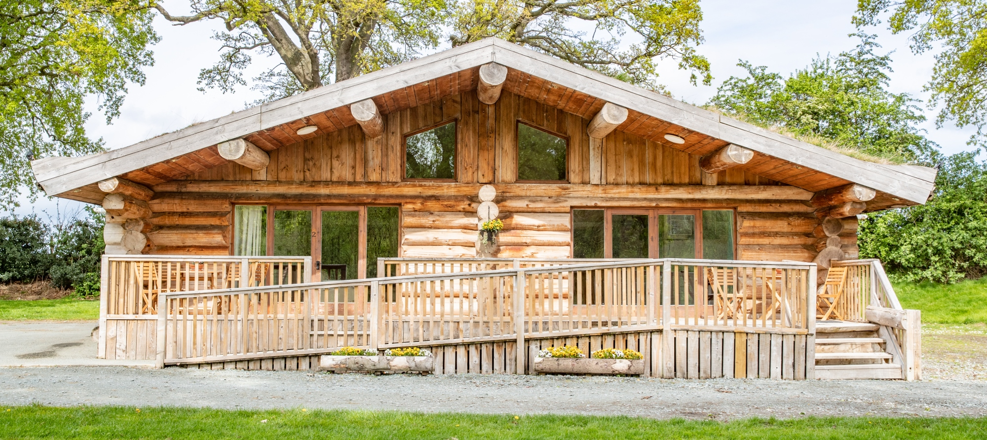 Spring Heath Log Cabin Front View